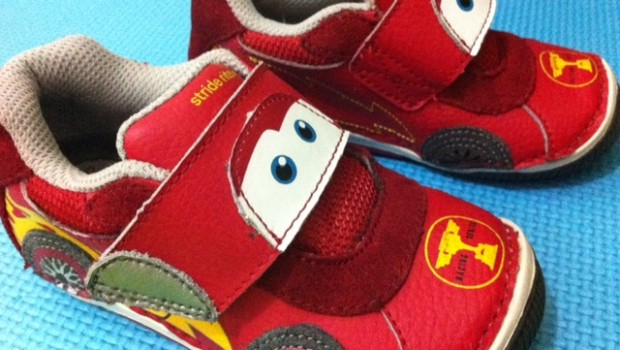 Stride Rite SRT Lightning Mc Queen Toodler Shoe Review